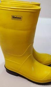 Lacrosse Yellow Rubber Boots Men's Size 9